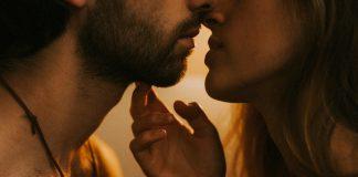 sexuelt aggresiv novlle romantisk historie