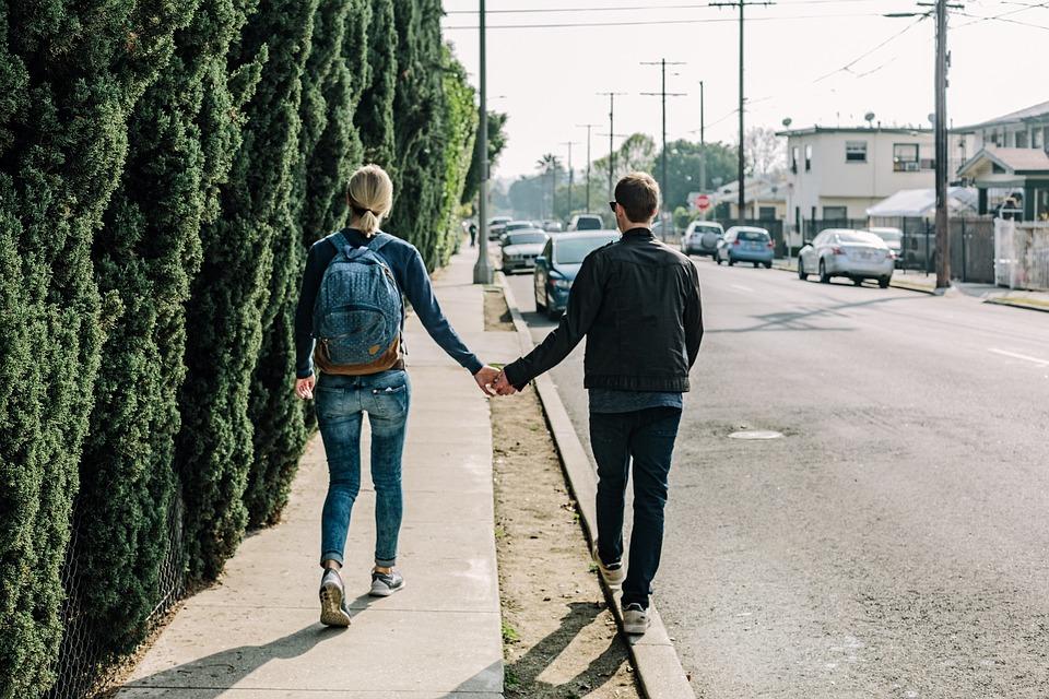 mand og kvinde på date via dating.dk