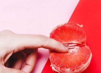 give finger